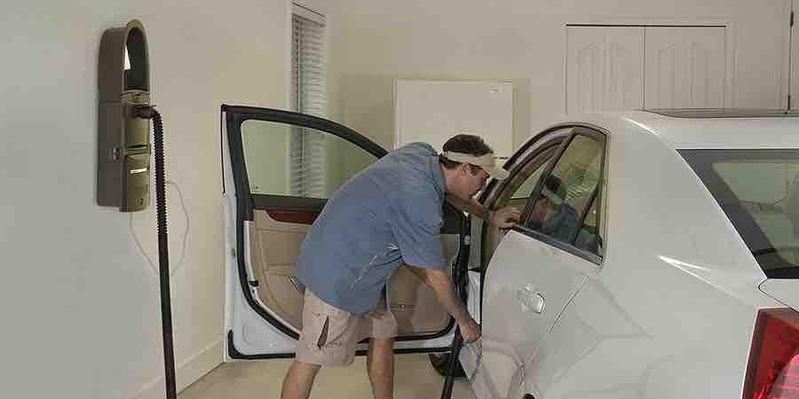 GarageVac GH120-E Aspiradora de garaje para limpiar tapicerias de coche